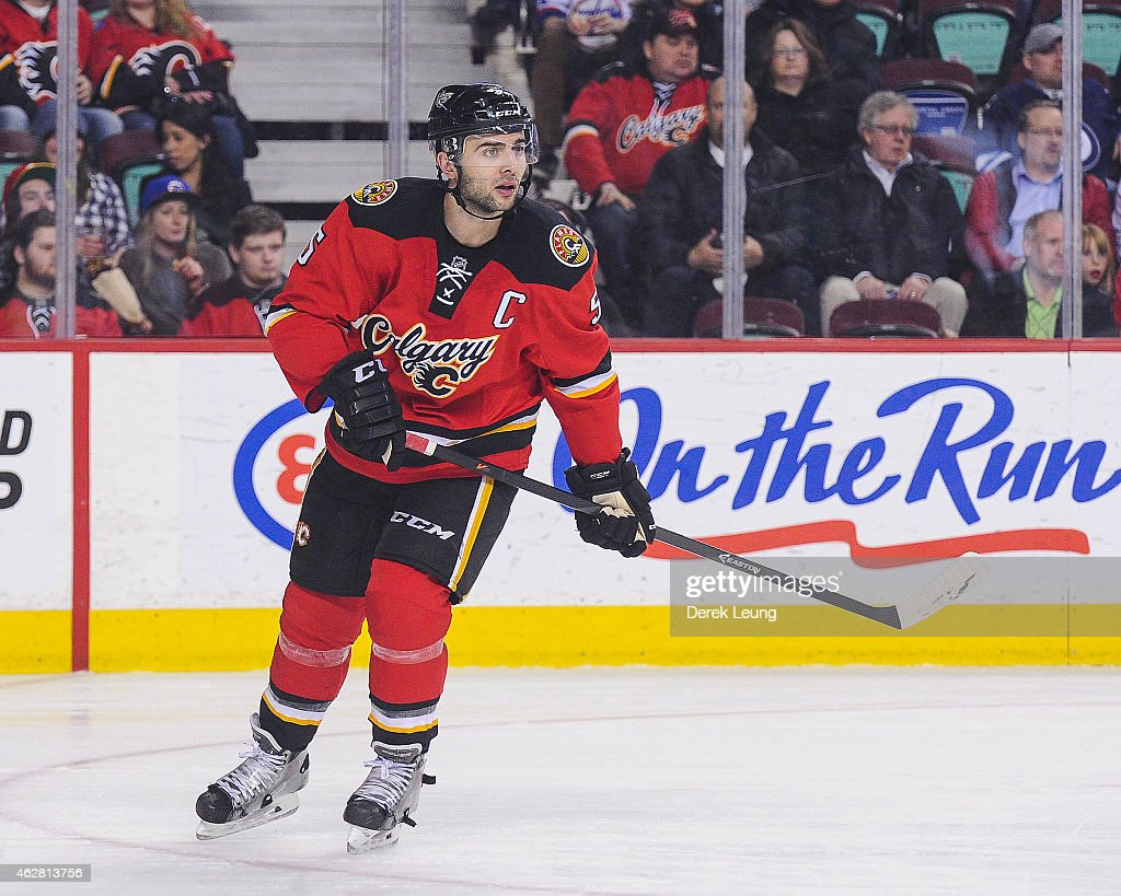 Winnipeg Jets v Calgary Flames : News Photo