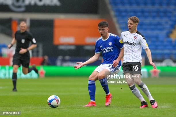 Mark Harris of Cardiff City FC and Jamie Lindsay of Rotherham United during the Sky Bet Championship match between Cardiff City and Rotherham United...