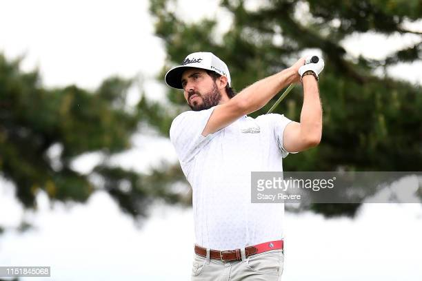 Mark Hubbard hits his tee shot on the fourth hole during the final round of the Evans Scholar Invitational at the Glen Club on May 26 2019 in...