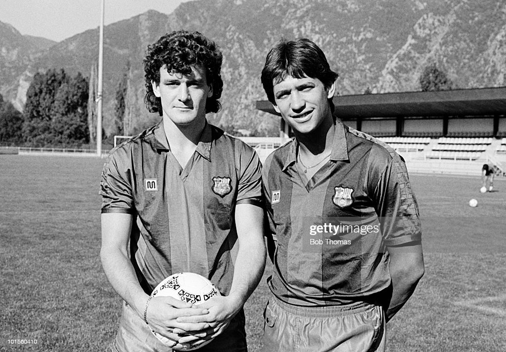 Mark Hughes (left) and Gary Lineker of England, newly signed with Barcelona, pictured in training in Barcelona on 24th July 1986. (Bob Thomas/Getty Images).