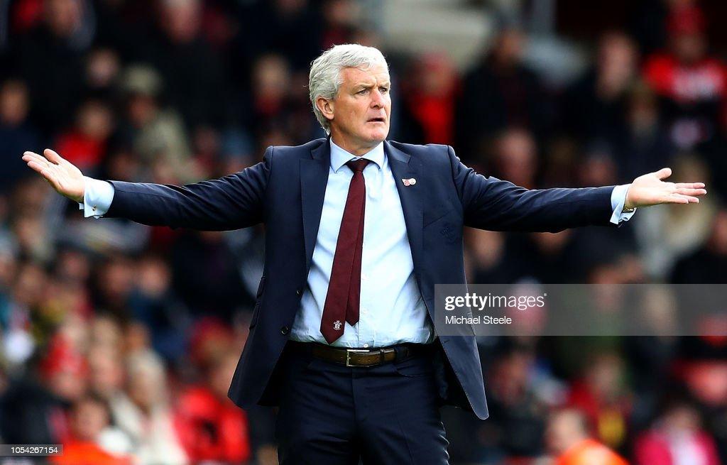 Southampton FC v Newcastle United - Premier League : Nachrichtenfoto