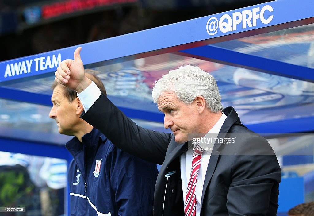 Queens Park Rangers v Stoke City - Premier League : News Photo