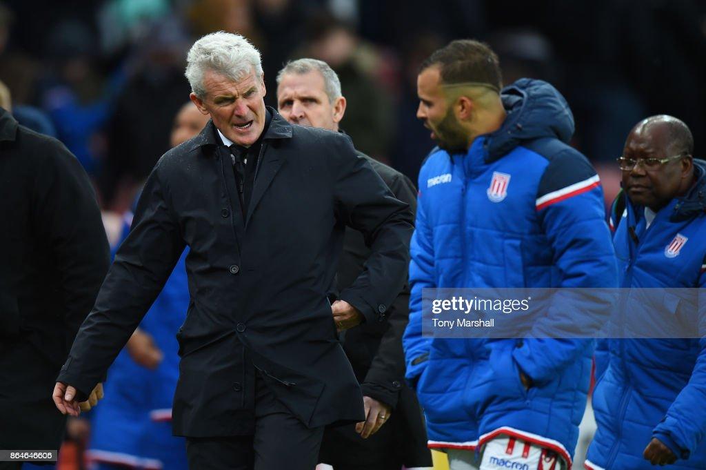 Stoke City v AFC Bournemouth - Premier League : News Photo