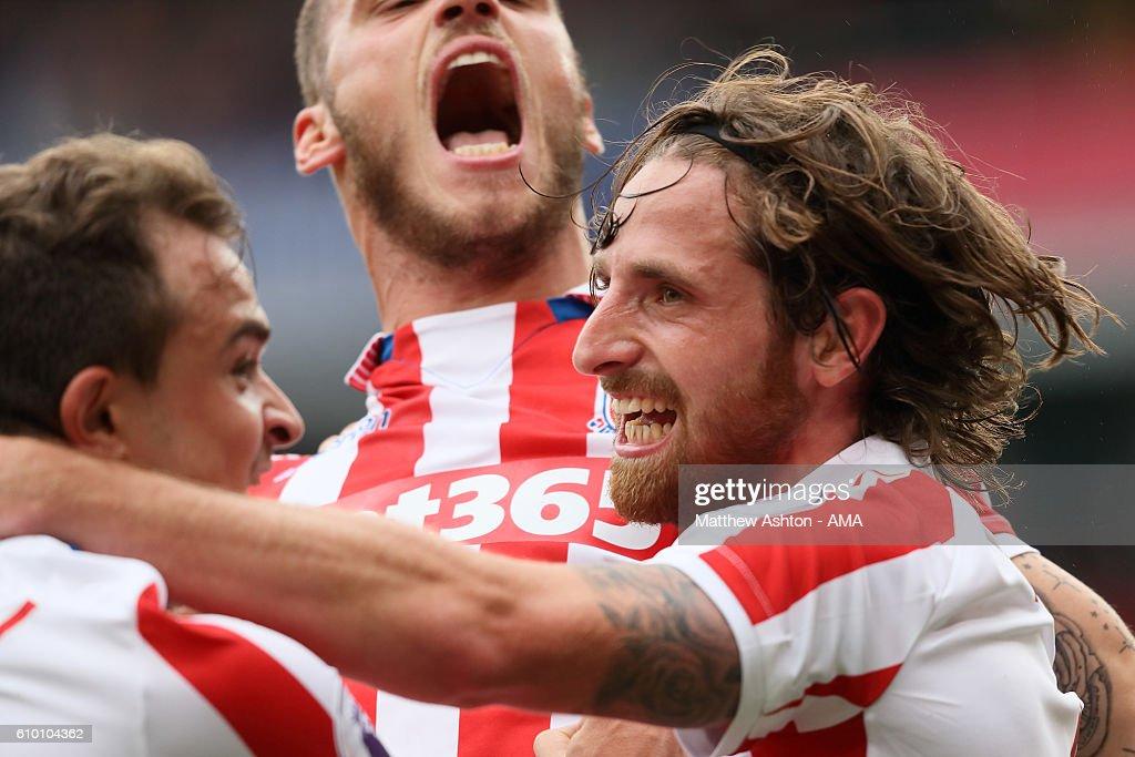 Stoke City v West Bromwich Albion - Premier League : News Photo
