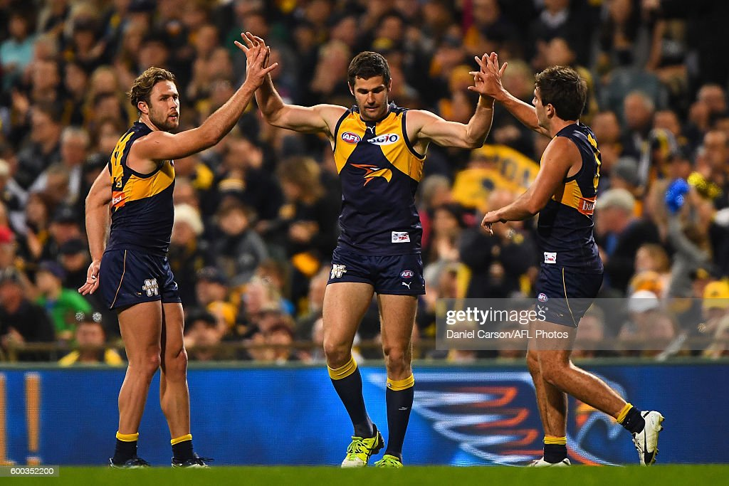 AFL Second Elimination Final - West Coast v Western Bulldogs : News Photo