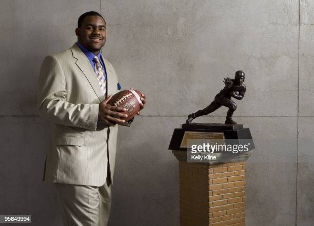 Mark Ingram the 2009 Heisman winner and Alabama running back poses with his Heisman Trophy on December 13 2009 in New York City NOTE TO USER...
