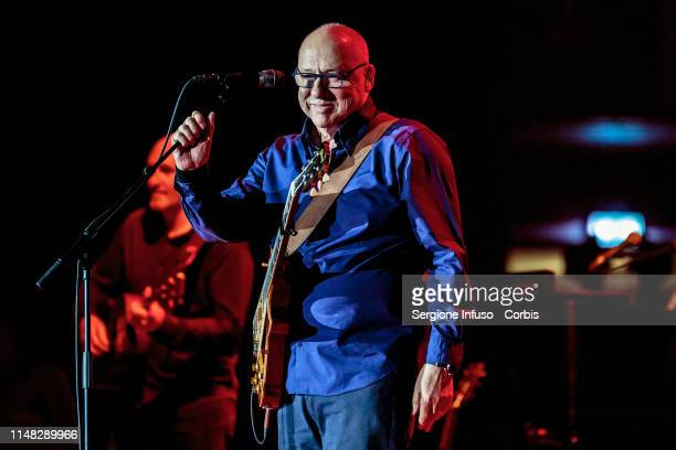 Mark Knopfler performs on stage at Mediolanum Forum on May 10, 2019 in Milan, Italy.