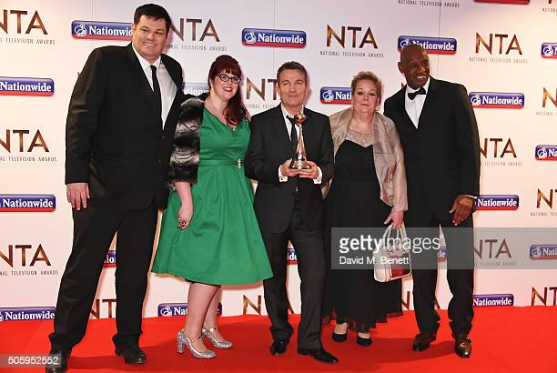 Mark Labbett Jenny Ryan Bradley Walsh Anne Hegerty and Shaun Wallace from 'The Chase' attend the 21st National Television Awards at The O2 Arena on...