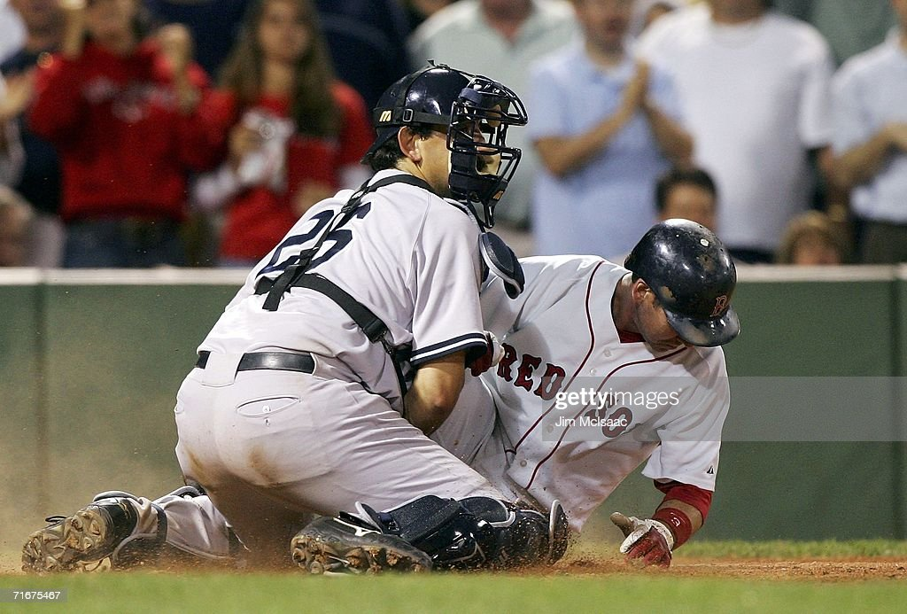 New York Yankees v Boston Red Sox Game 2 : News Photo