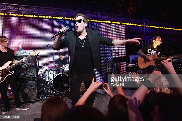 Mark McGrath of Sugar Ray performs with Camp Freddy at the 2013 Green Inaugural Ball at NEWSEUM on January 20 2013 in Washington DC