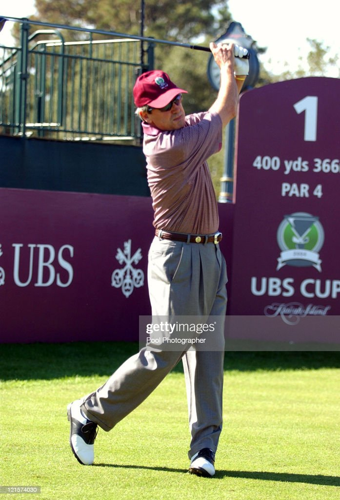 Mark McNulty tees off #1 during the practice round for the 2004 UBS World Cup at the Cassique Course on Kiawah Island, South Carolina on November 18, 2004.