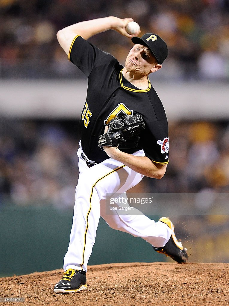 Mark Melancon #35 of the Pittsburgh Pirates pitches during the ninth inning against the Chicago Cubs on September 14, 2013 at PNC Park in Pittsburgh, Pennsylvania.