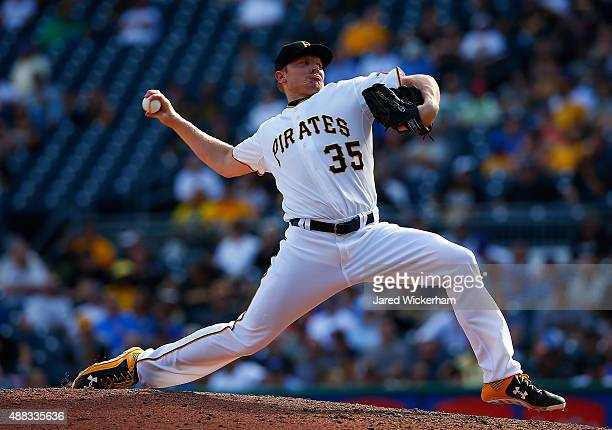 Mark Melancon of the Pittsburgh Pirates pitches in the 9th inning against the Chicago Cubs during game one of the doubleheader at PNC Park on...