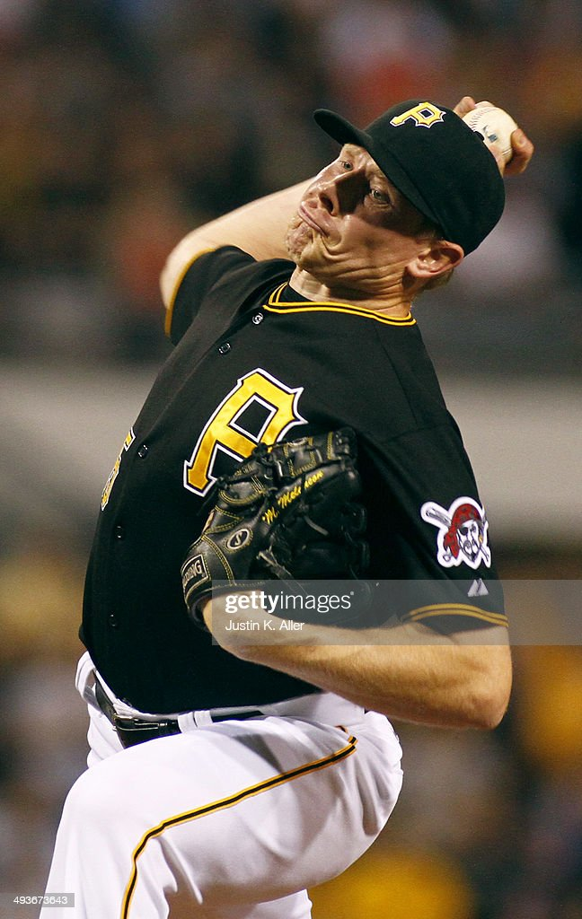 Mark Melancon #35 of the Pittsburgh Pirates pitches in the ninth inning against the Washington Nationals during the game at PNC Park May 24, 2014 in Pittsburgh, Pennsylvania.