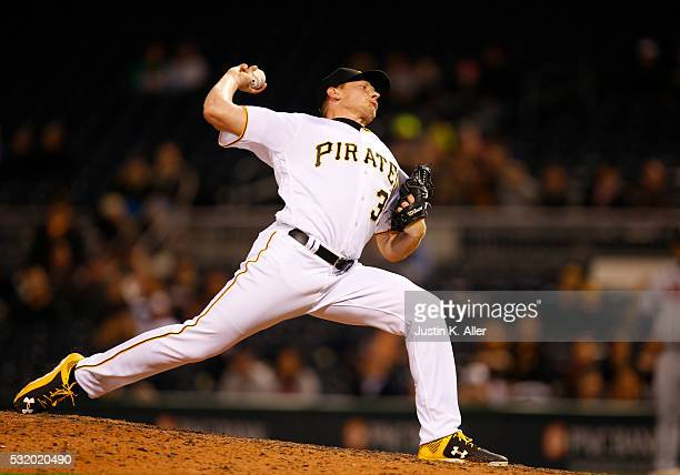 Mark Melancon of the Pittsburgh Pirates pitches in the ninth inning during the game against the Atlanta Braves at PNC Park on May 17 2016 in...