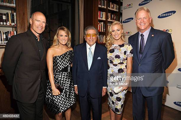 Mark Messier Carrie Underwood Tony Bennett Sydney Esiason and Boomer Esiason attend the Samsung Hope For Children Gala 2014 on June 10 2014 in New...