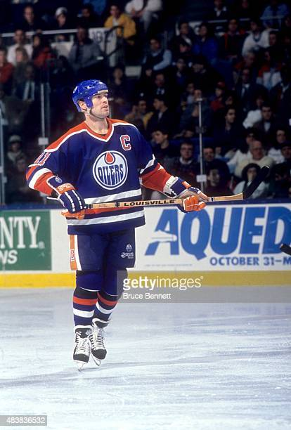 Mark Messier of the Edmonton Oilers skates on the ice during an NHL game against the New York Islanders on January 17, 1991 at the Nassau Coliseum in...