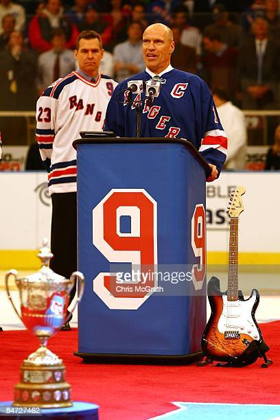 Mark Messier speaks during the jersey retirement ceremony for former New York Rangers player Adam Graves prior to the start of the match between the...