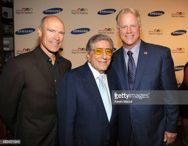 Mark Messier Tony Bennett and Boomer Esiason attend the Samsung Hope For Children Gala 2014 on June 10 2014 in New York City
