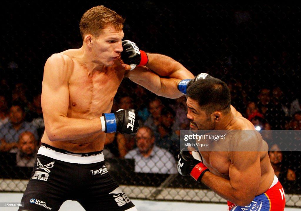 UFC Fight Night: Munoz v Barnatt : ニュース写真