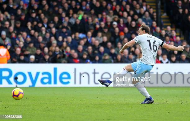 Mark Noble of West Ham United scores his team's first goal during the Premier League match between Crystal Palace and West Ham United at Selhurst...