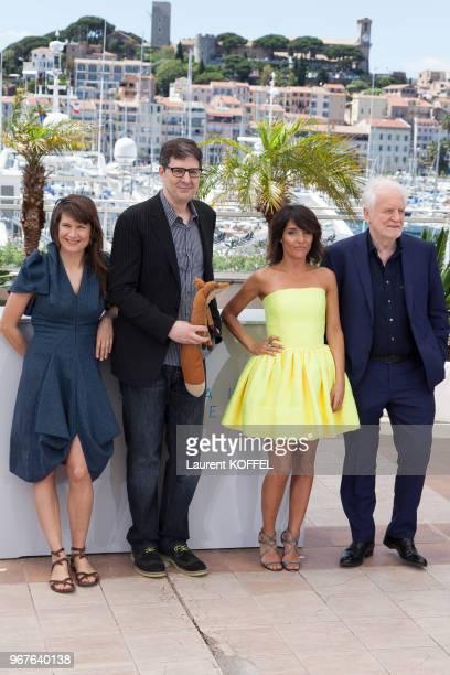 Mark Osborne Florence Foresti et André Dussolier lors du photocall du film 'Le Petit Prince' pendant le 68ème Festival du Film Annuel au Palais des...