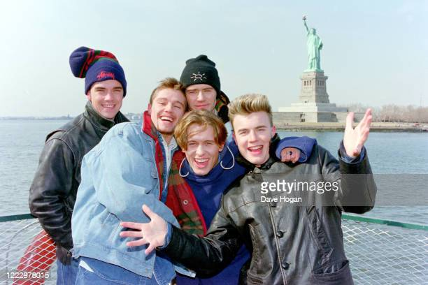 Mark Owen Howard Donald Gary Barlow Robbie Williams and Jason Orange of Take That in New York 1995