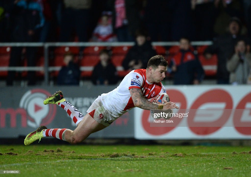 Mark Percival of St Helens scores a try during the Betfred Super League match between St Helens and Castleford Tigers at Langtree Park on February 2, 2018 in St Helens, England.