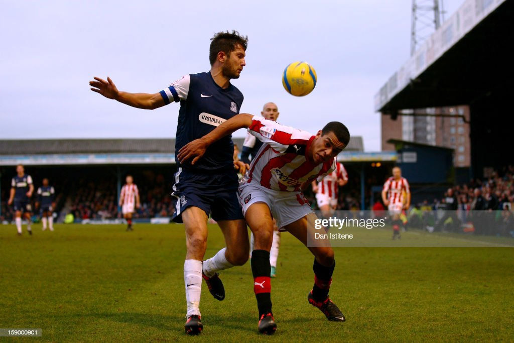 Southend United v Brentford - FA Cup Third Round : News Photo