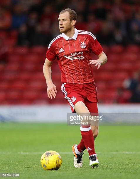 Mark Reynolds of Aberdeen controls the ball during the UEFA Europa league second qualifying round first leg match between Aberdeen and Ventspils at...