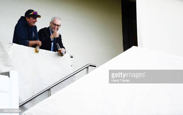 Mark Robinson, First Team Coach of Warwickshire looks on alongside Stuart Cain, CEO of Warwickshire following Day Four of the LV= Insurance County...