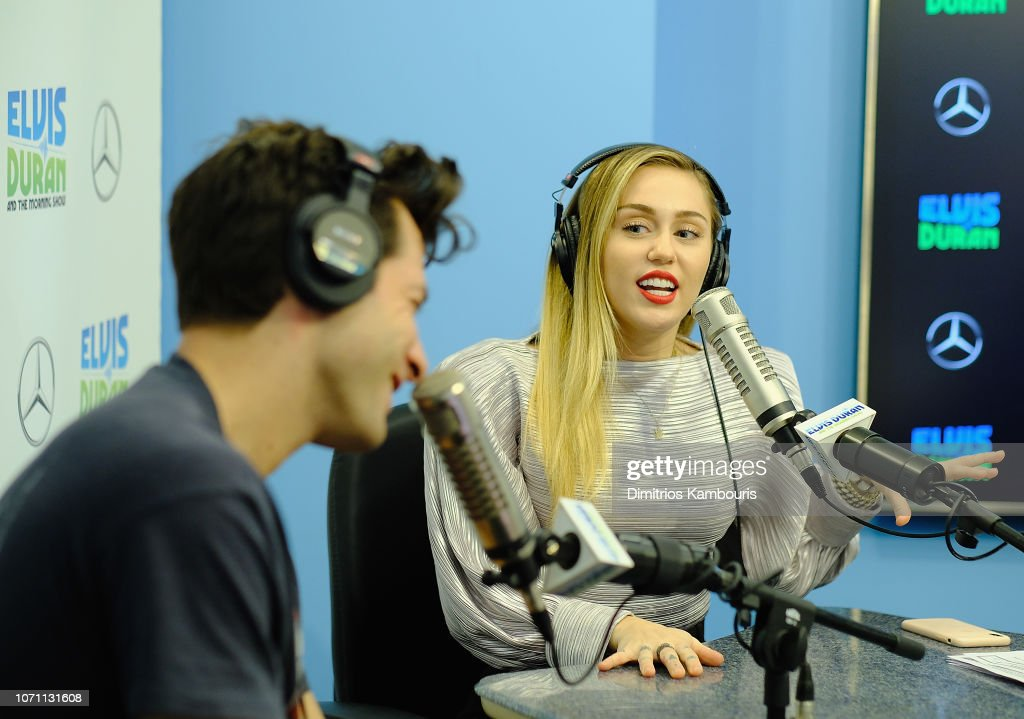 Miley Cyrus Visits 'The Elvis Duran Z100 Morning Show' : News Photo