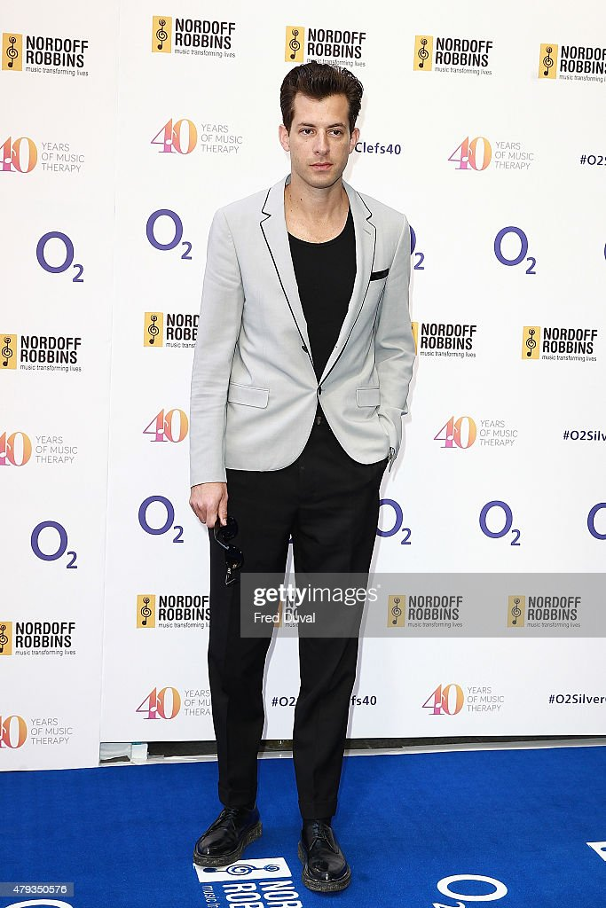 mark ronson attends the nordoff robbins o2 silver clef awards at the grosvenor house hotel on - Silver Hotel 2015