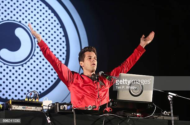 Mark Ronson performs on day one of The Big Feastival at Alex James' Farm on August 26 2016 in Kingham Oxfordshire