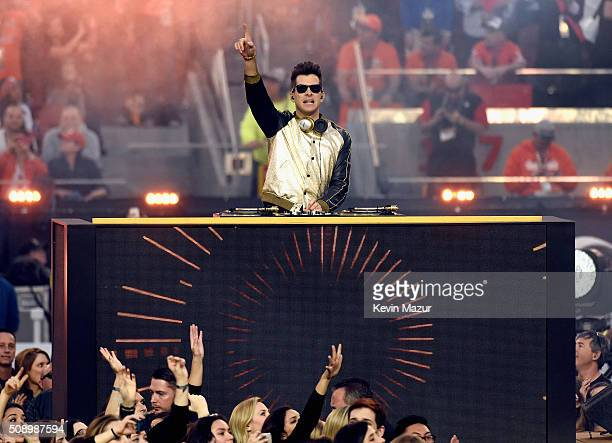 Mark Ronson performs onstage during the Pepsi Super Bowl 50 Halftime Show at Levi's Stadium on February 7 2016 in Santa Clara California