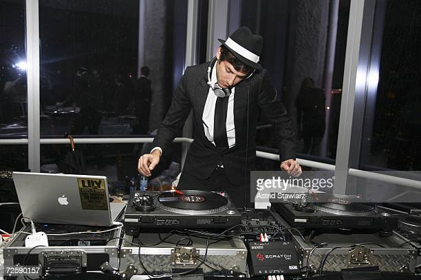 """Mark Ronson plays records at the launch of """"Rock'n Rose"""" Fragrance by designer Valentino on November 16, 2006 in New York City."""