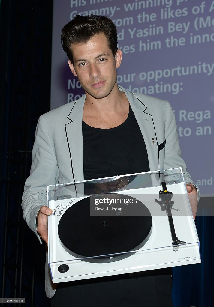 mark ronson who auctioned a learn to be a dj package at the - Silver Hotel 2015
