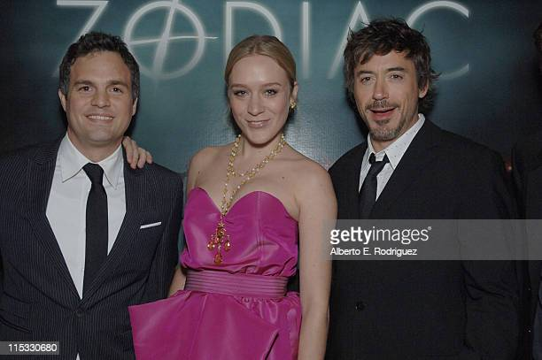 Mark Ruffalo Chloe Sovigny and Robert Downey Jr during 'Zodiac' Los Angeles Premiere Arrivals at Paramount Studios in Hollywood California United...