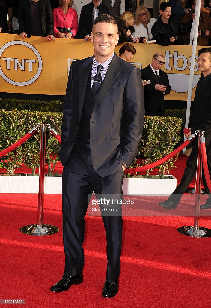 Mark Salling arrives at the 19th Annual Screen Actors Guild Awards held at The Shrine Auditorium on January 27, 2013 in Los Angeles, California.