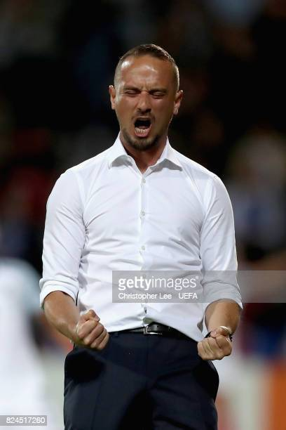 Mark Sampson head coach of England celebrates his sides first goal during the UEFA Women's Euro 2017 Quarter Final match between France and England...