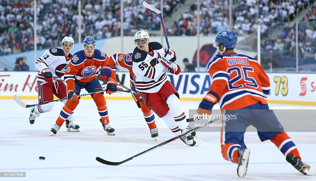 2016 Tim Hortons NHL Heritage Classic - Edmonton Oilers v Winnipeg Jets : News Photo