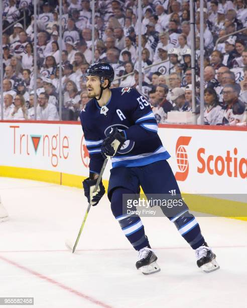 Mark Scheifele of the Winnipeg Jets keeps an eye on the play during first period action against the Nashville Predators in Game Four of the Western...