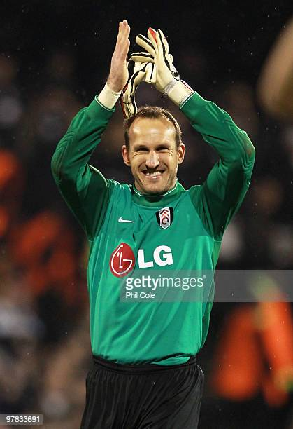 Mark Schwarzer of Fulham celebrates victory after the UEFA Europa League Round of 16 second leg match between Fulham and Juventus at Craven Cottage...