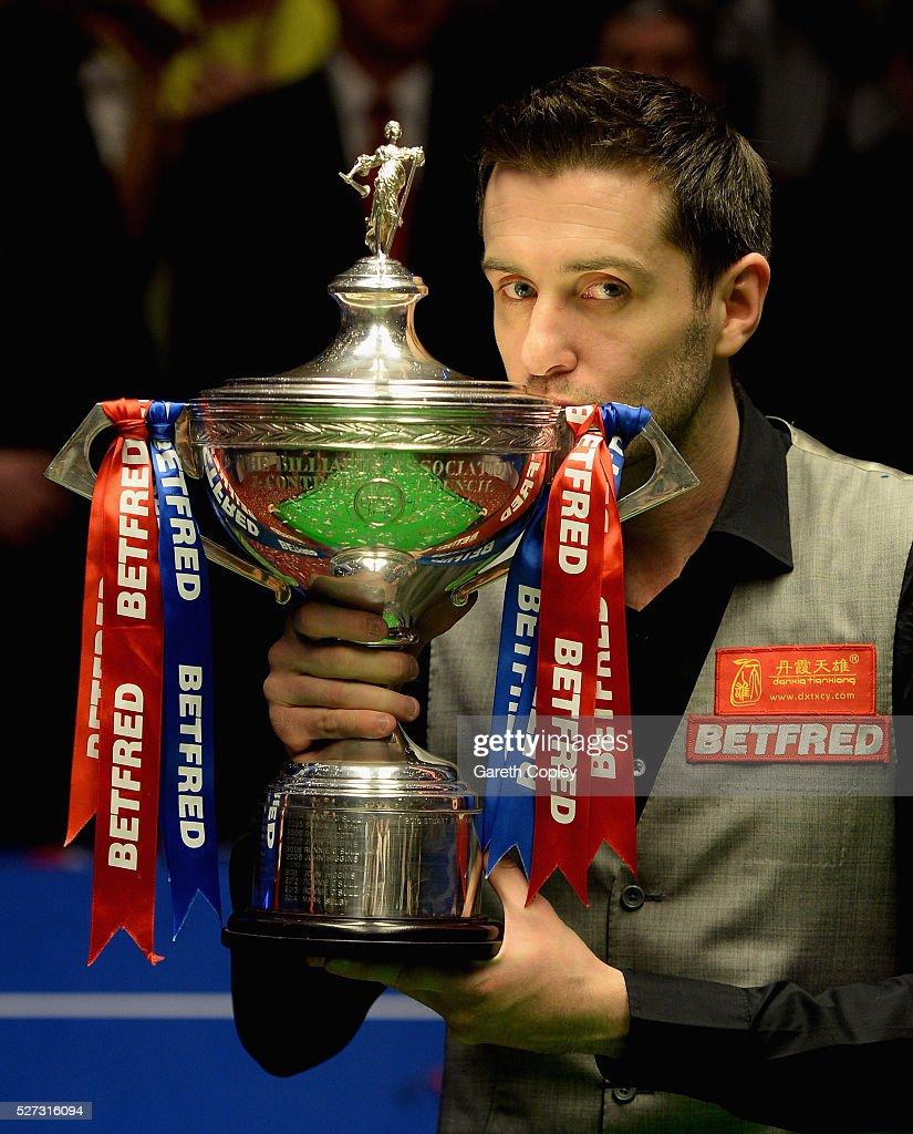 World Snooker Championship - Day 17 (Final) : ニュース写真