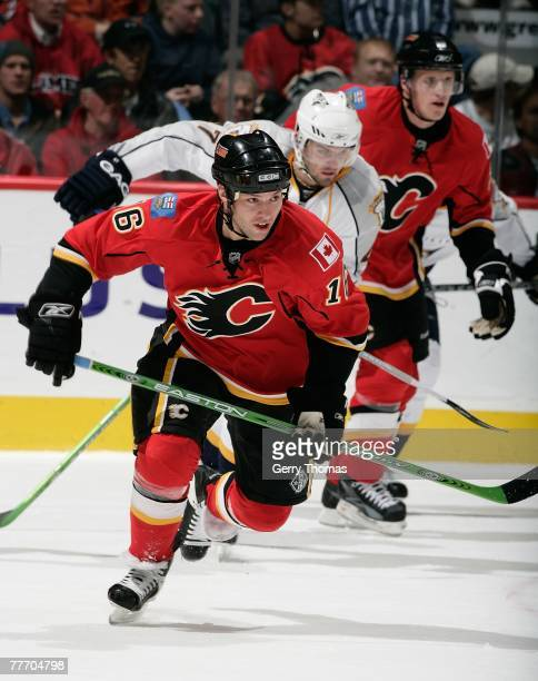 Mark Smith of the Calgary Flames skates against the Nashville Predators on October 30 2007 at Pengrowth Saddledome in Calgary Alberta Canada The...