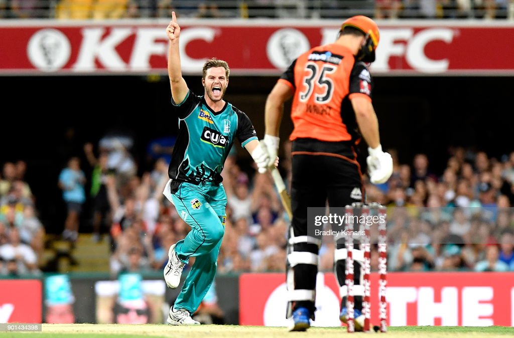 Mark Steketee of the Heat celebrates taking the wicket of Hilton Cartwright of the Scorchers during the Big Bash League match between the Brisbane Heat and the Perth Scorchers at The Gabba on January 5, 2018 in Brisbane, Australia.