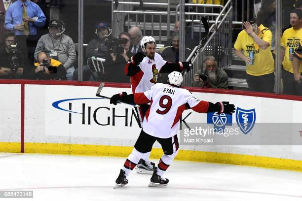 Mark Stone of the Ottawa Senators celebrates with Bobby Ryan after scoring a goal against Matt Murray of the Pittsburgh Penguins during the second...