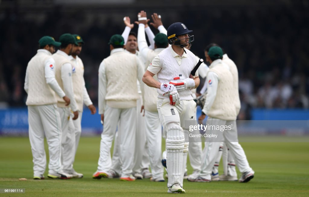 England v Pakistan: NatWest 1st Test - Day One