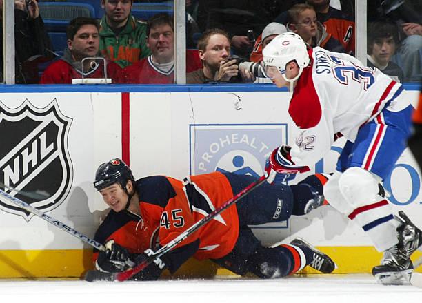adaed88ad Montreal Canadiens v New York Islanders Foton och bilder