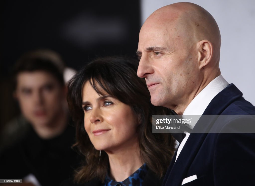 """1917"" World Premiere And Royal Performance - Red Carpet Arrivals : News Photo"